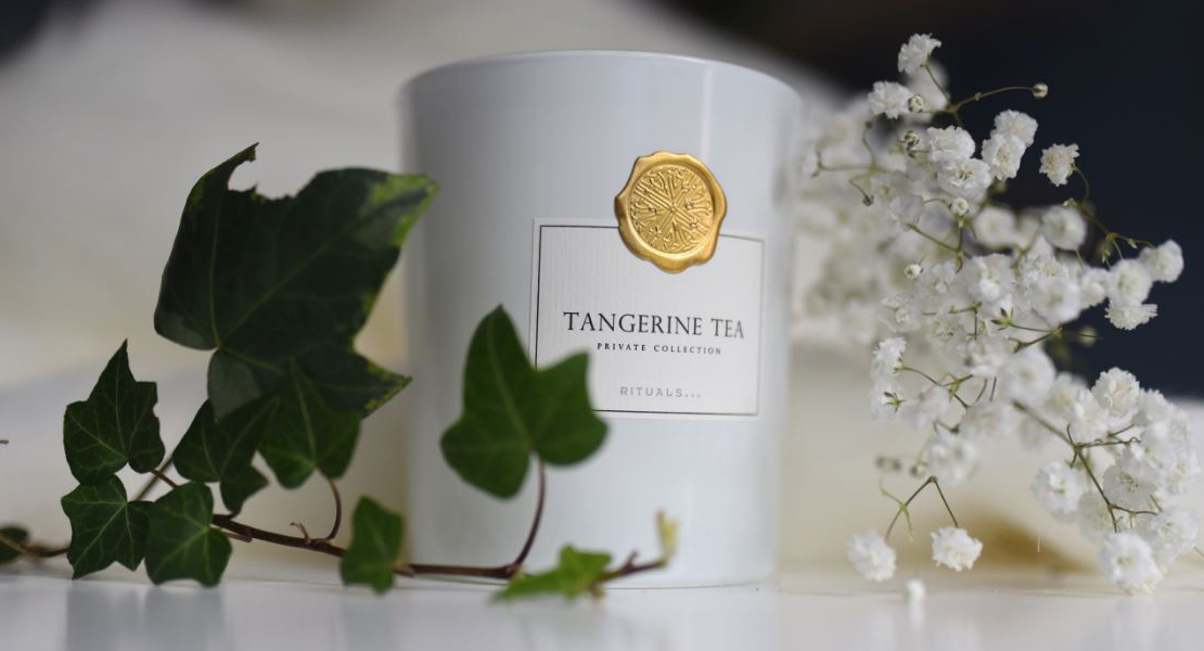 Photo de la bougie RITUALS Tangerine Tea sur Swanee Rose Le Blog