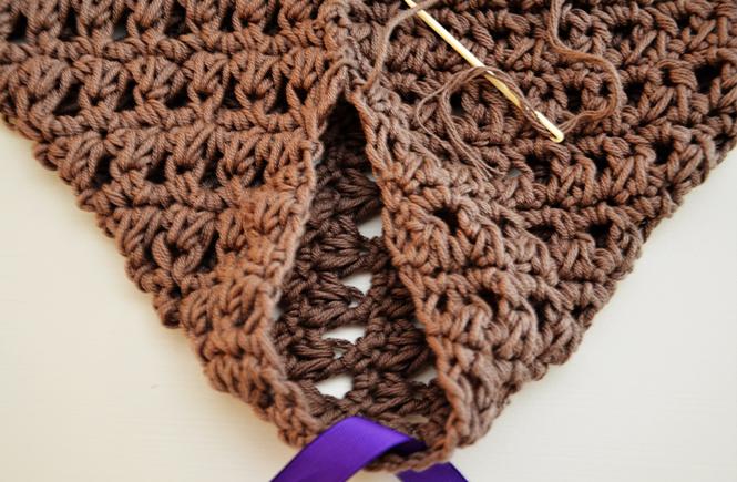 Photo de l'emplacement dees manches pour veste au crochet sur Swanee Rose Le Blog