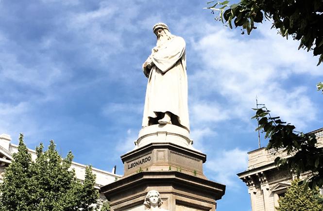 statue-leonard-de-vinci-scala-milan