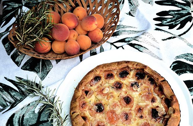 tarte-aux-abricots-sur-swanee-rose-le-blog