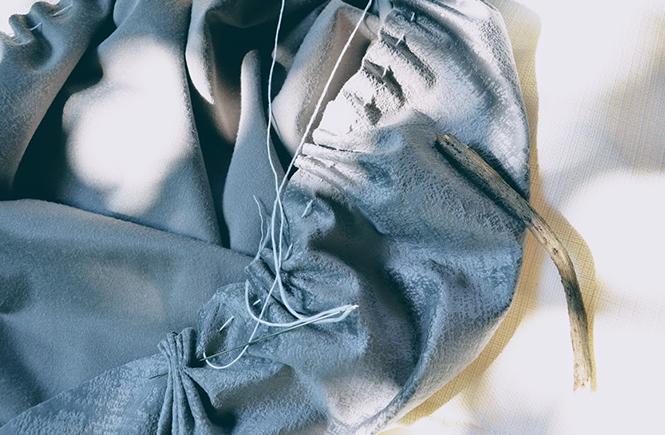Couture-pour-citrouille-en-velours--DIY-sur-Swanee-Rose-Le-Blog