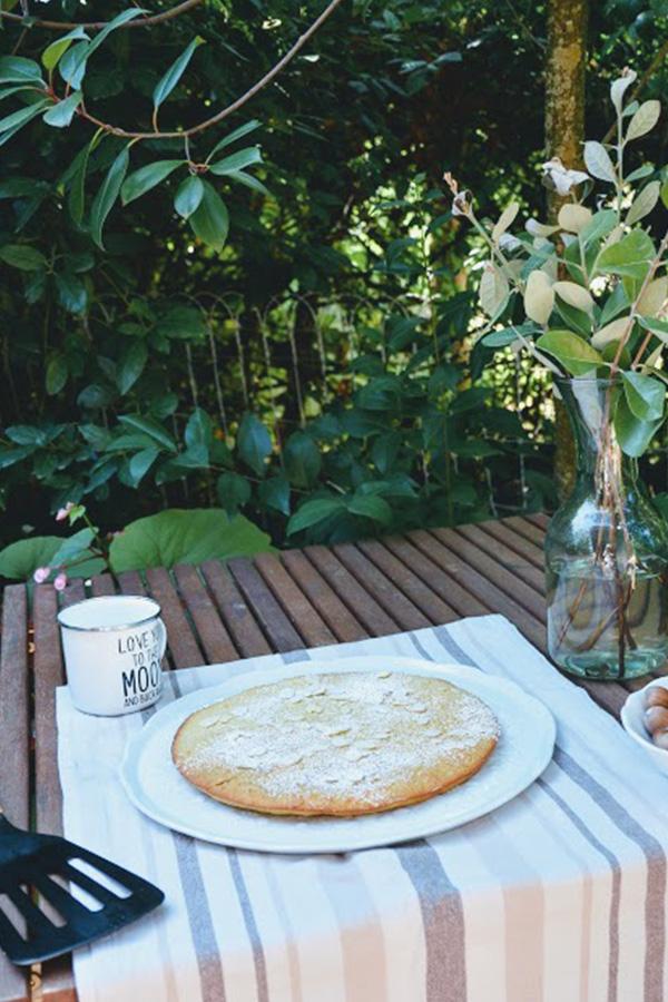 Gâteau aux amandes sur Swanee Rose Le Blog