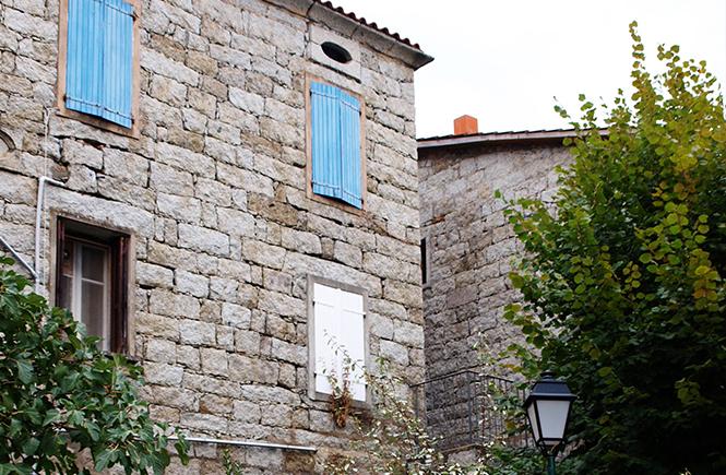 Maison de pierre Village de Zonza Corse