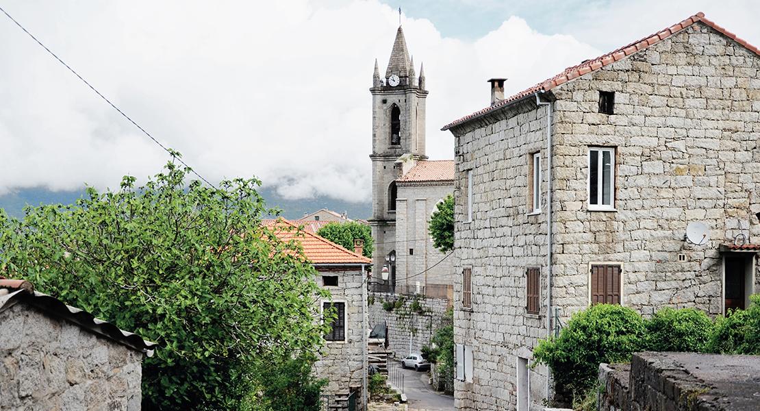 Village-de-Zonza-Corse