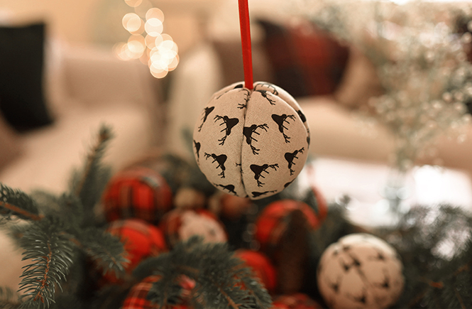 DIY Boules de Noël en tissu