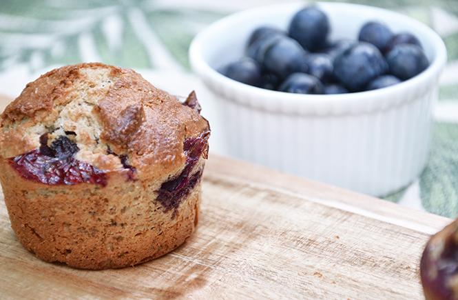 Recette des muffins aux myrtilles sur Swanee Rose Le Blog