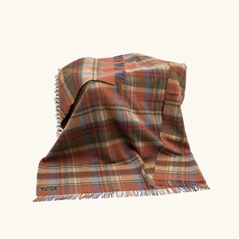 Skellig Gift Store Blanket
